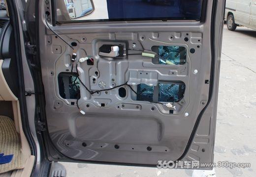 合肥卡美汽车音响 长安欧诺音响改装案例,门板倒模