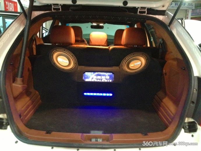 山汽车音响改装福特锐界后备箱造型改装音响升级JBL丹拿高清图片